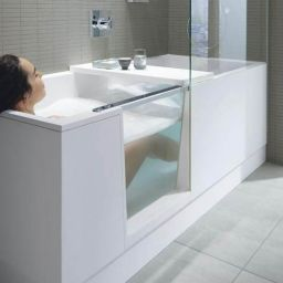 Walk-in bath for the elderly