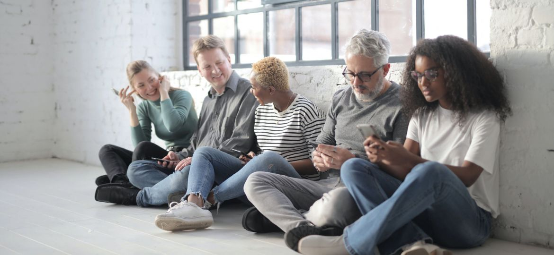 set-up-tech-hub-seniors